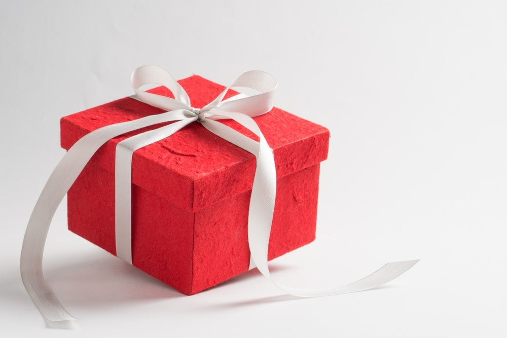 Significance of Custom Gift Boxes for making you a Customer Favorite Brand